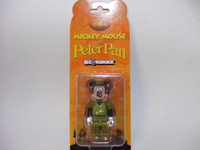 セブンイレブン ミッキーマウス 100% ベアブリック(BE@RBRICK)