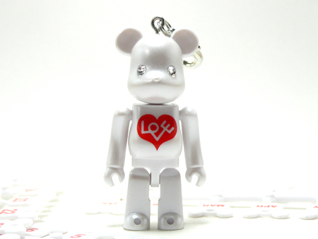 Birthday Happy BIANCO 70% ベアブリック(BE@RBRICK)