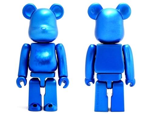 ブリスターボード MULTI COLOR Ver With PEARL BLUE ベアブリック (BE@RBRICK)