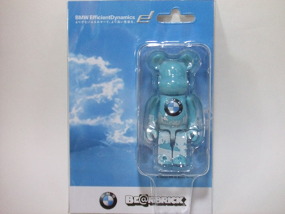 BMW Studio ONE 100% ベアブリック(BE@RBRICK)