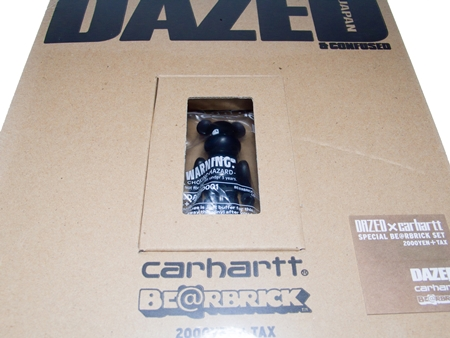 DAZED & CONFUSED JAPAN carhartt ベアブリック (BE@RBRICK)