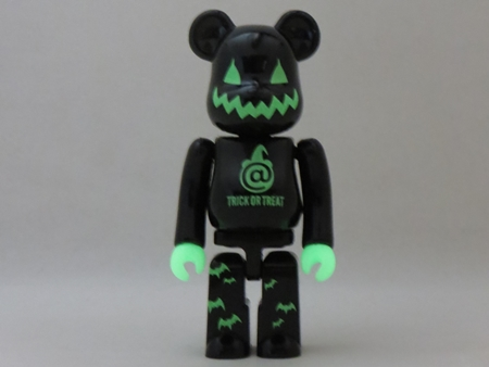 Halloween 2005 100% ベアブリック (BE@RBRICK)