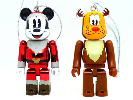 Happyくじ Disney Christmas Party ミッキーマウス サンタ Ver レッドメッキ仕様 & プルート トナカイ Ver ベアブリック(BE@RBRICK)