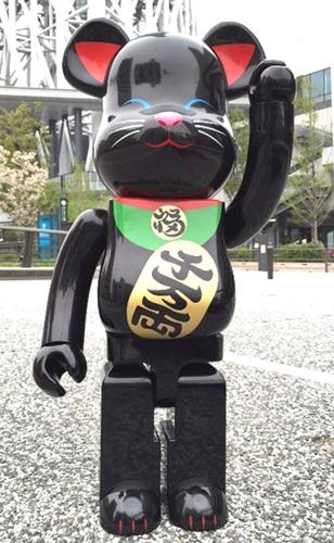 招き猫 黒 1000% ベアブリック (BE@RBRICK)