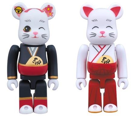 招き猫 縁結び 舞妓 / 巫女 100% ベアブリック (BE@RBRICK)