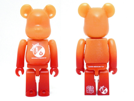 1/6計画 GLOW IN THE DARK RED ver ベアブリック(BE@RBRICK)