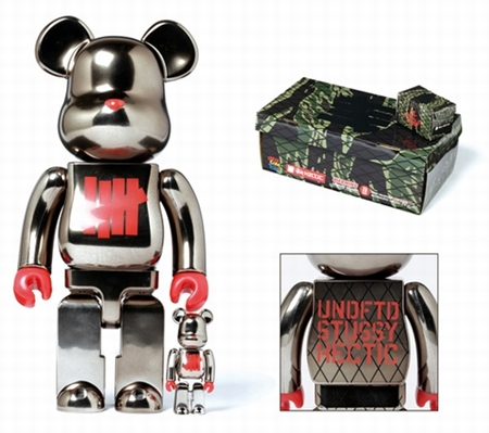 UNDEFEATED FULL METALLIC JACKET 100% & 400% ベアブリック(BE@RBRICK)