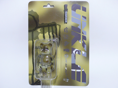 UNKLE CAMOUFLAGE 100% ベアブリック(BE@RBRICK)